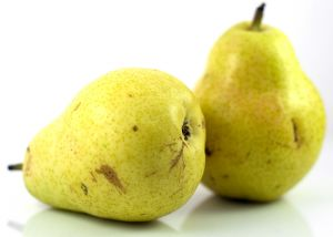 organic-yellow-pears